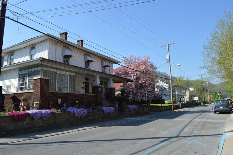 College Street Historic District